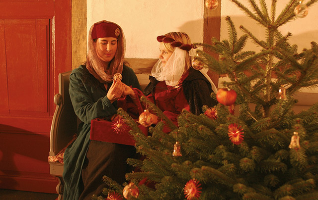 Traditioneller Christbaumschmuck